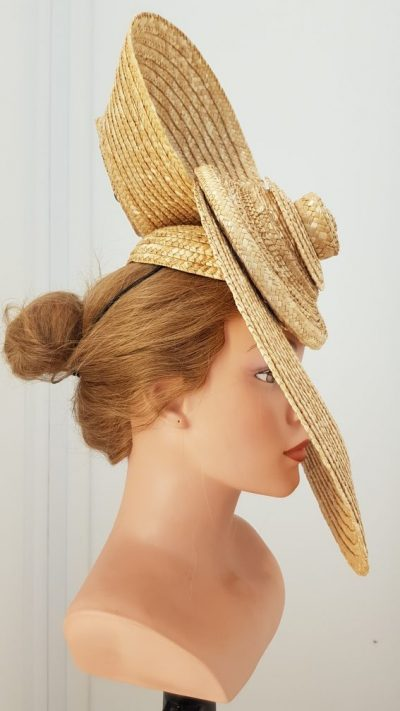 Headpiece, Stroh