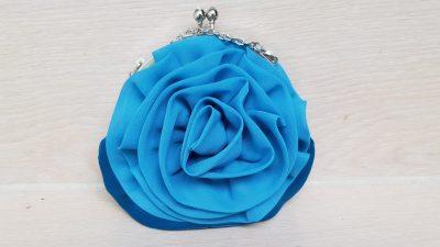 Clutch, blau, rund