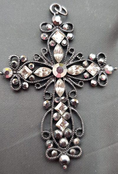 Halskette, schwarz, Kreuz
