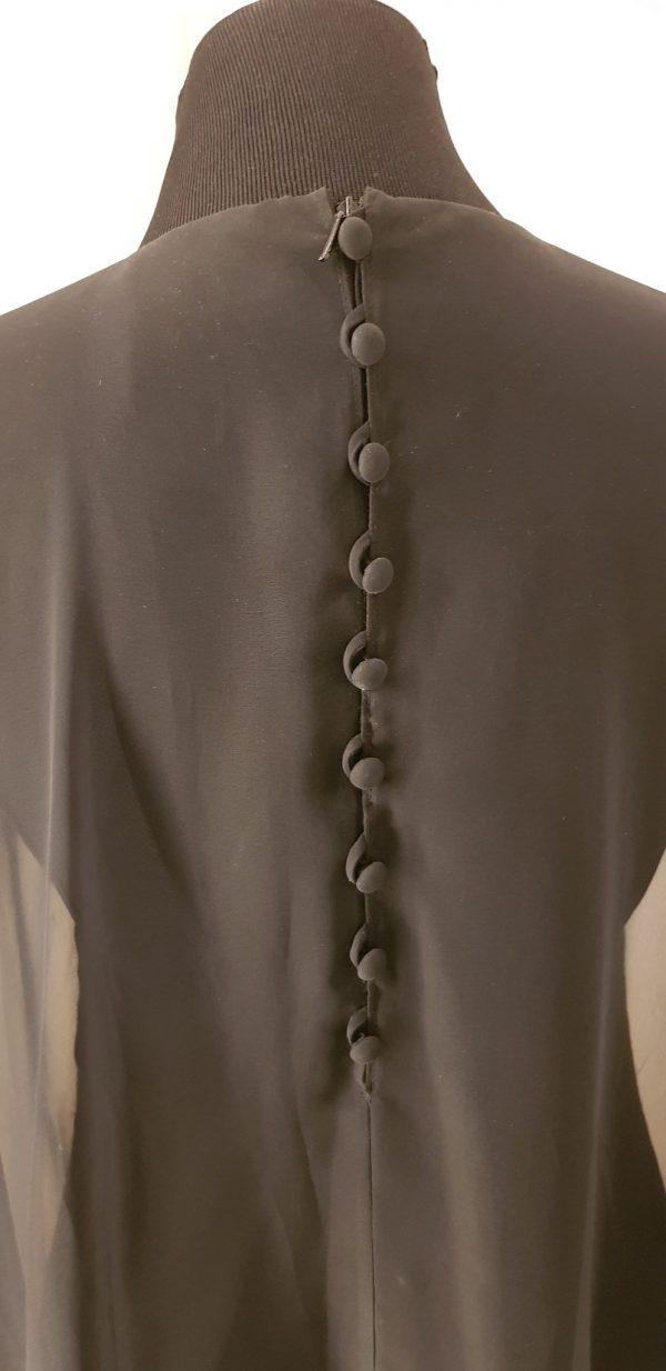 Federleichtes schwarzes Chiffon Kleid mit Fledermausärmeln