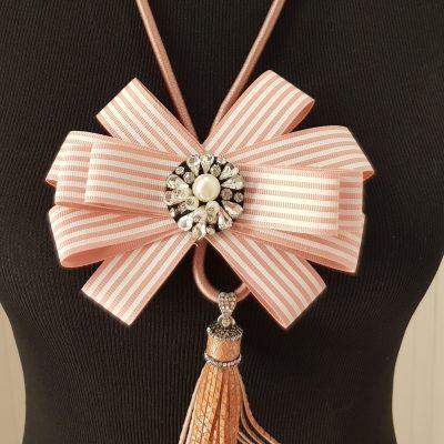 Halskette, rosa
